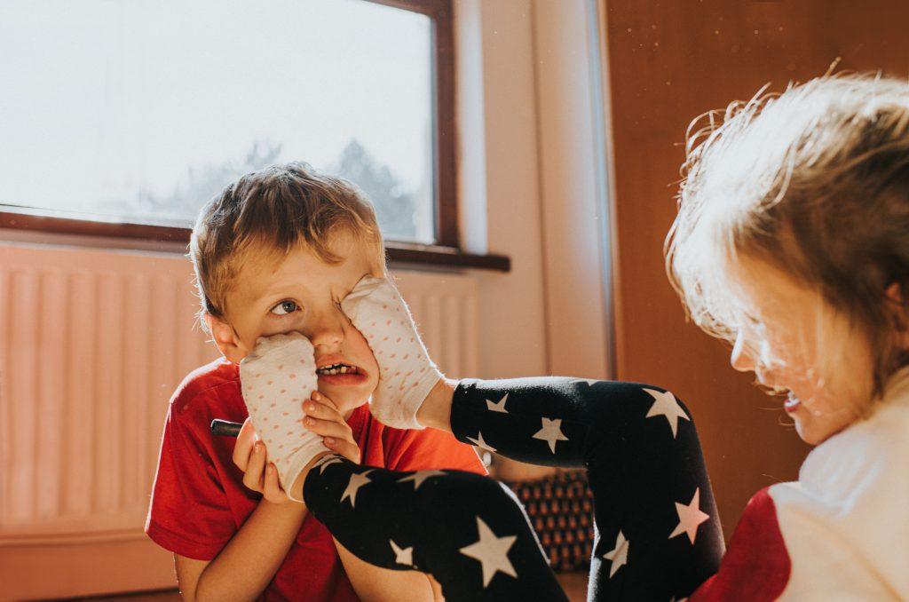 gyerekek-gyerekneveles-konfliktus