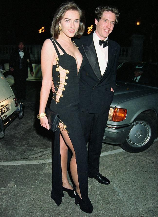 Liz Hurley Hugh Grant Versace ruha