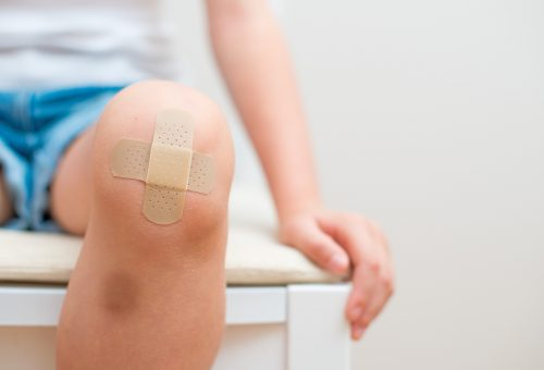 Hogyan gyógyítsuk meg gyorsan a nyári sérüléseket?
