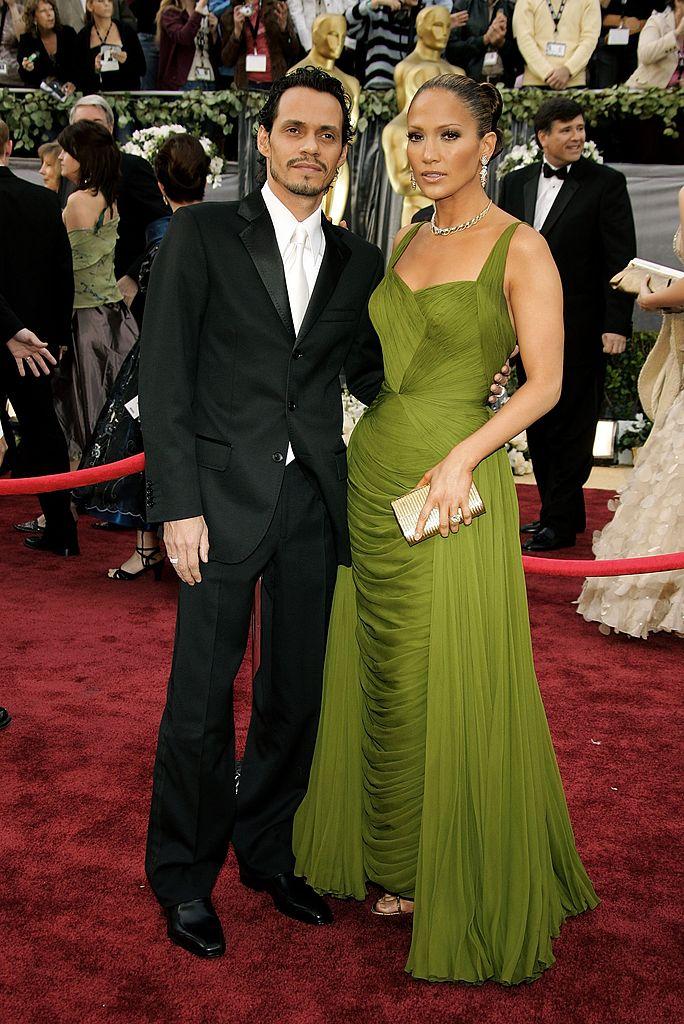 Jennifer Lopez vörösszőnyeges ruhái