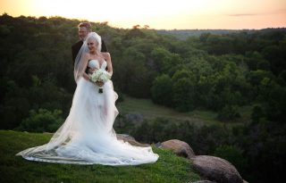 Itt vannak az első fotók Gwen Stefani titkos esküvőjéről