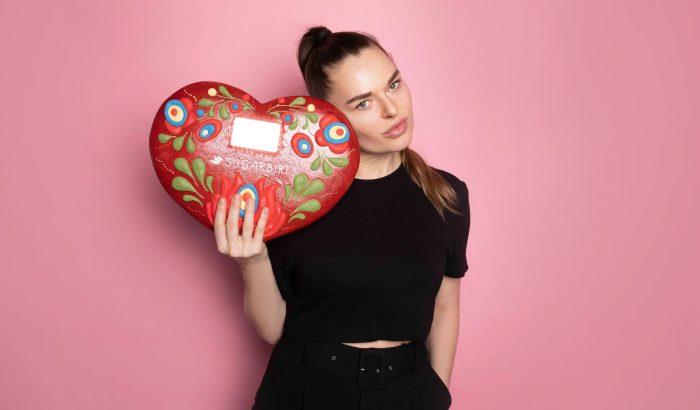 """""""Divatba hozzuk a magyart!"""" – interjú Jagasics vitéz Csonka Hedviggel, a Sugarbird márka alapítójával"""