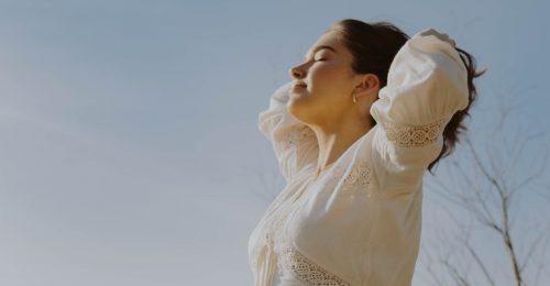 A hosszú ujjú ruha nem feltétlenül véd az UV-sugárzástól