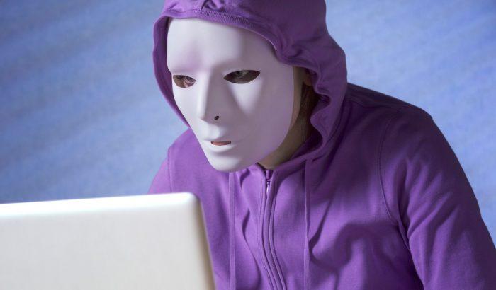 Ki van valójában a túloldalon? A vezérigazgató bőrébe bújt hacker