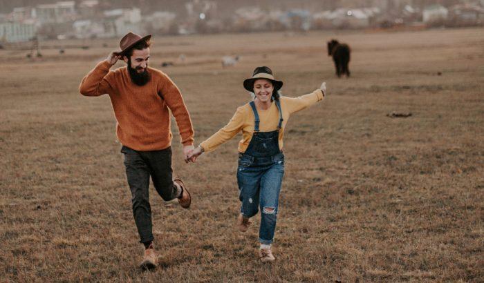 A párok kétharmada barátként kezdi