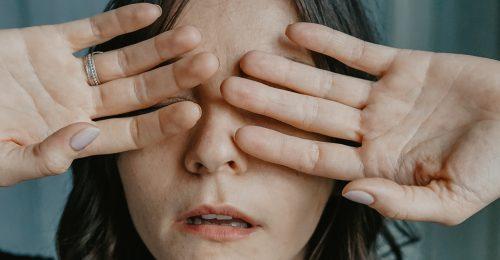 Imposztor-szindrómával küzdesz? Így tarthatod korádban!