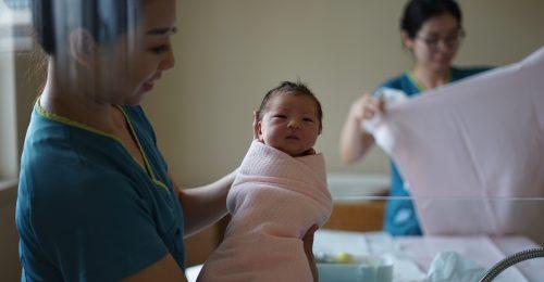 5 millió lánnyal kevesebb születik, mint kellene