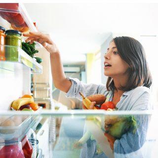 Egyszerű trükkök a hűtő szagtalanítására