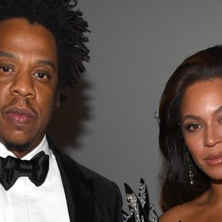 Beyoncé bajba került a véres gyémántok miatt