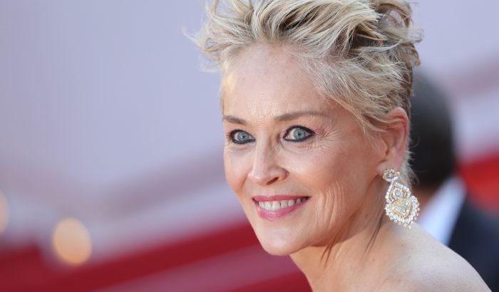 Sharon Stone csak akkor vállal szerepet, ha az egész stábot beoltották