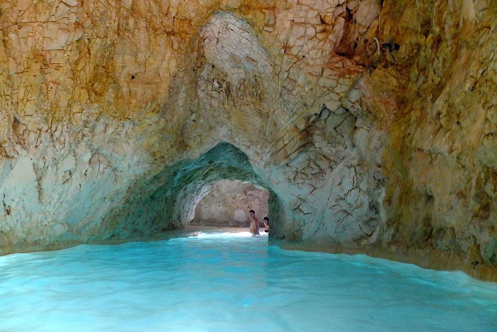 3 csodás barlang Magyarországon