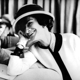 A lábai előtt hevertek a férfiak, Coco Chanel mégsem ment férjhez