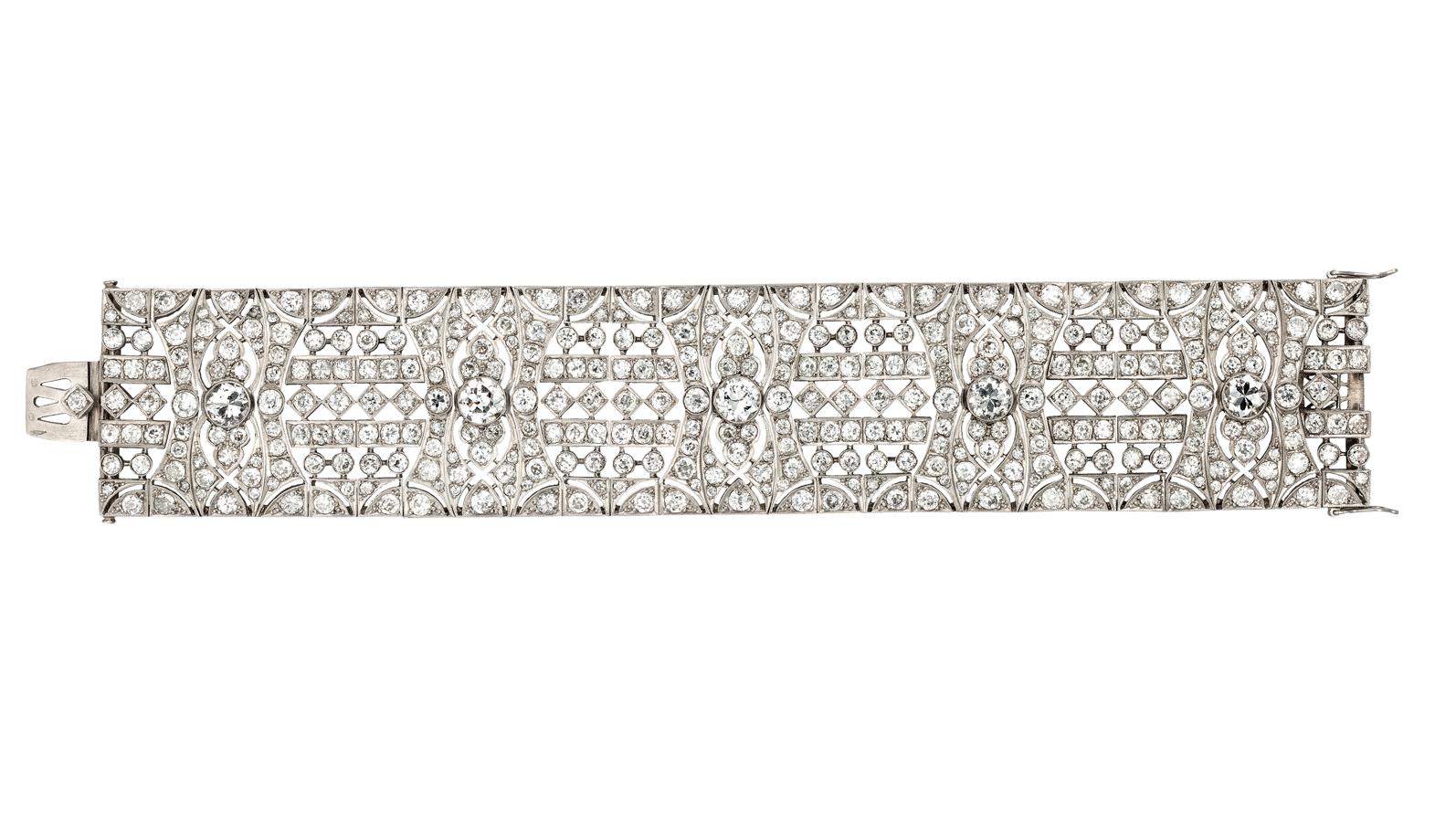 8. kép: Art deco platina karkötő 35 karátnyi briliánssal