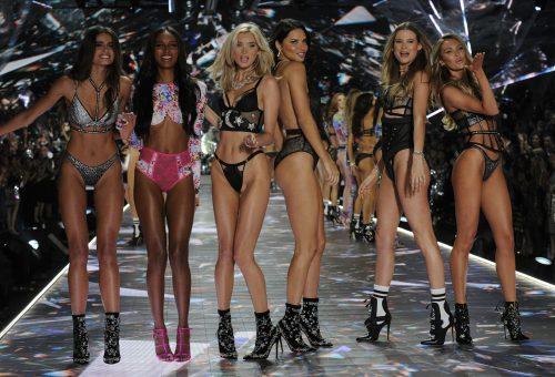 Rihanna brandjéhez igazoltak át az egykori Victoria's Secret angyalok