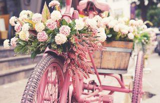 Keltsd új életre a kiszuperált biciklidet: készíts belőle virágtartót!
