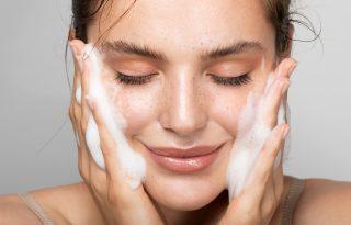 Bőrgyógyászok szerint így kell megfelelően használni a glikolsavat!