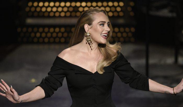 Adele azért költözött Los Angelesbe, mert nem volt elég pénze egy ugyanakkora londoni házra