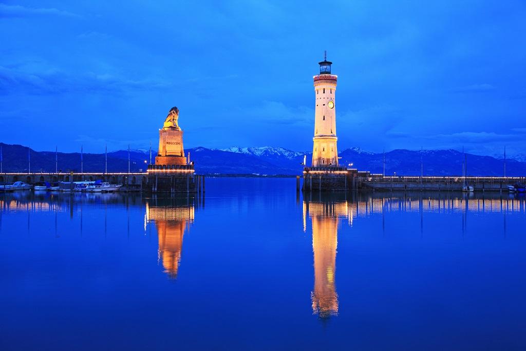 A Lindau világítorony Németországban