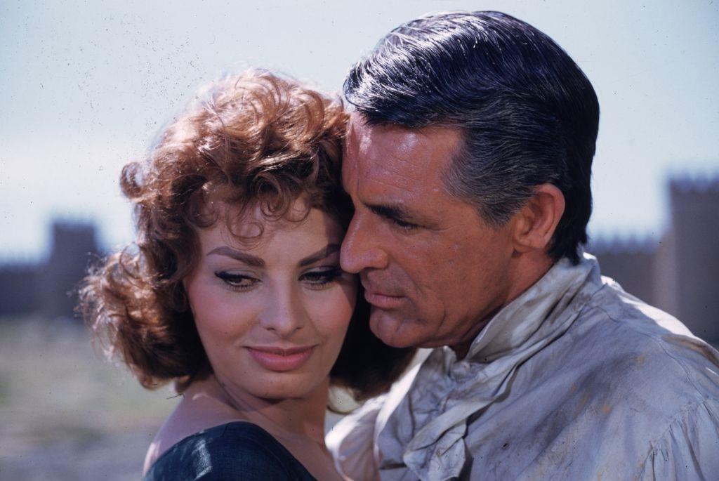 Sophia Loren és Cary Grant a Büszkeség és szenvedély című film forgatásán