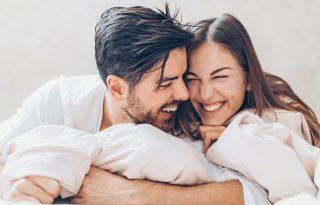 A 3 legviccesebb szexpóz, ami még élvezetes is