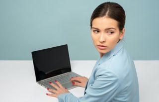 Mérgező munkahely: ezek a jelei, ha nárcisztikus a főnököd