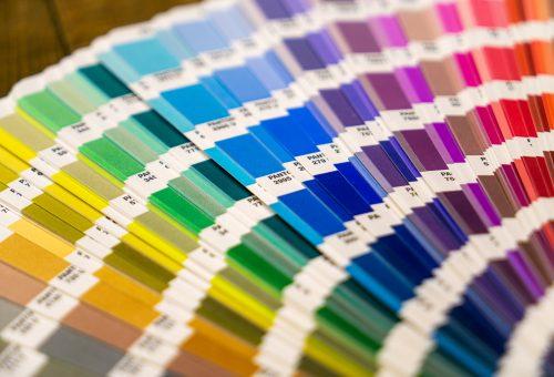 A Pantone elárulta, milyen színekbe öltözünk jövő tavasszal