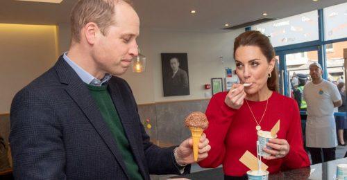 Ezeket az ételek nem ehetik nyilvánosan a királyi család tagjai