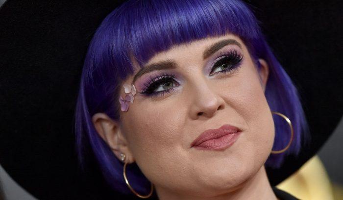 Céltudatos felnőtt nő lett Kelly Osbourne, akit gátlásos dundi kamaszként ismert meg a világ