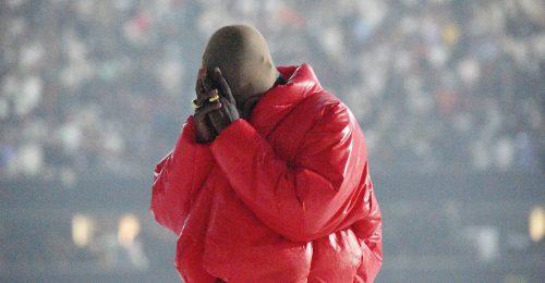 Kanye West mától hivatalosan is Ye