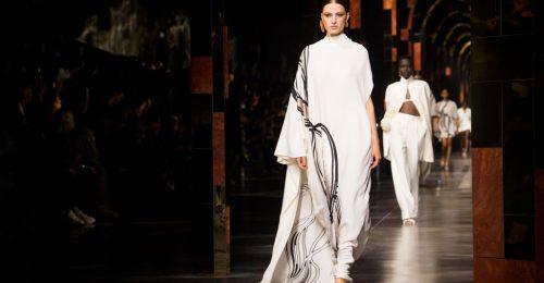 Újabb kollab: összeállt Kim Kardashian és a Fendi