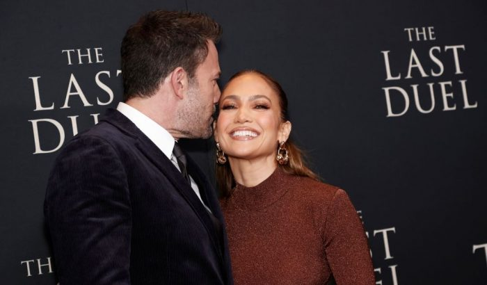J.Lo és Ben Affleck majd' felfalták egymást a vörös szőnyegen