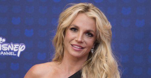 Britney Spears már feldíszítette a karácsonyfát